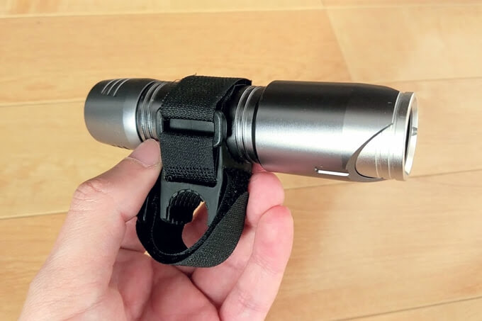 NEX-901Dをバイクガイのライトホルダーで固定