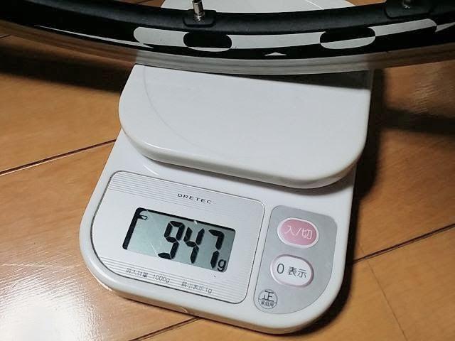 WH-6700、後輪の重量を計測しています。詳細は以下