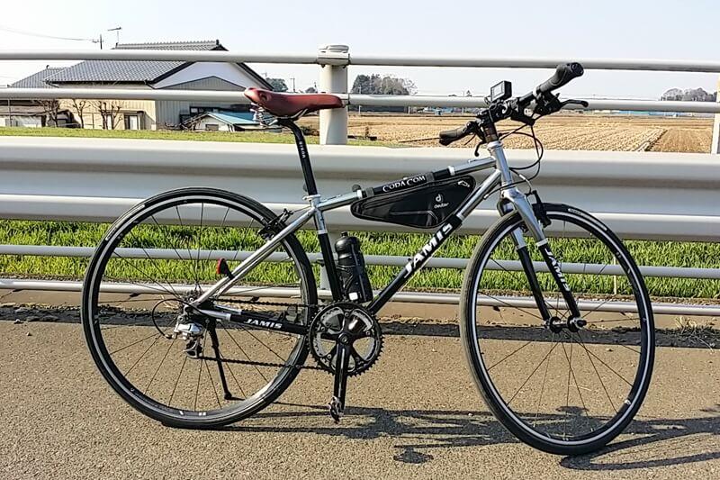 deuter(ドイター)フロント トライアングルバッグをクロスバイクに装着