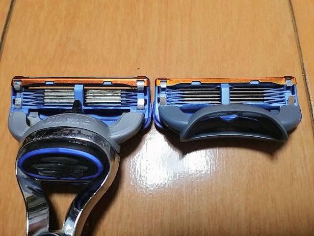 GearBestで購入したT字カミソリ、ジレットの替刃を比較