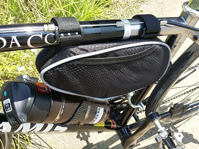 sahoo自転車用フレームバッグは側面がメッシュポケットになっている