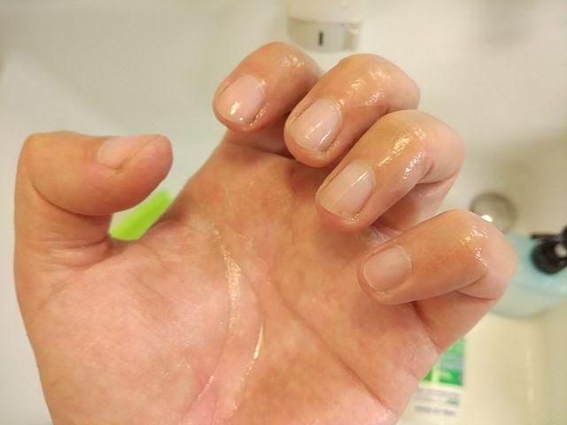 エーゼット洗いま専科と爪ブラシで綺麗になった手