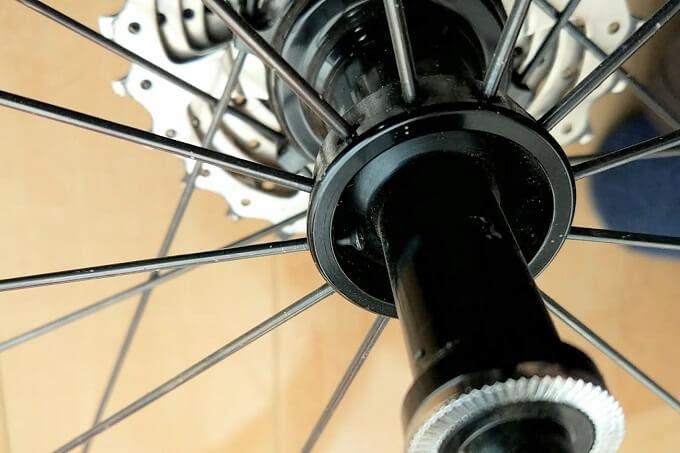 自転車ホイール、ラジアル組