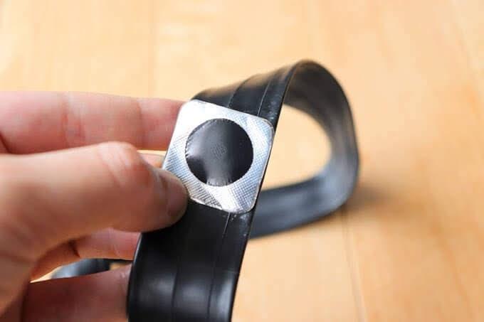 マルニの超薄型パッチ、直径2cmの修理パッチ