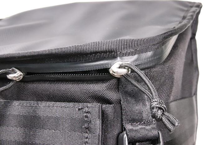 CHROME(クローム)のカメラバッグ「NIKO PACK」の防水ジッパー