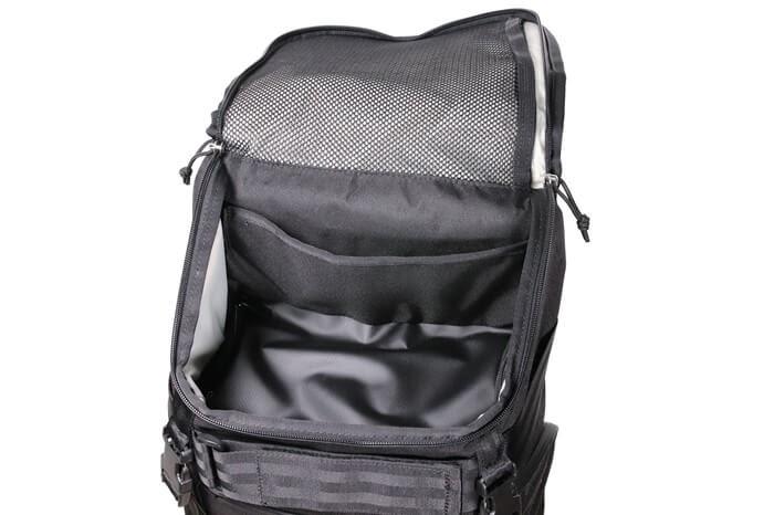 CHROME(クローム)のカメラバッグ「NIKO PACK」の上部ポケット