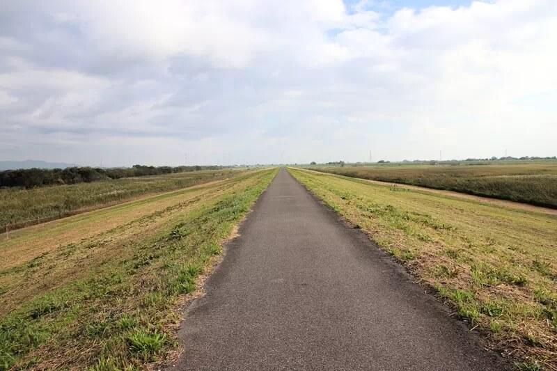 サイクリングロードの風景