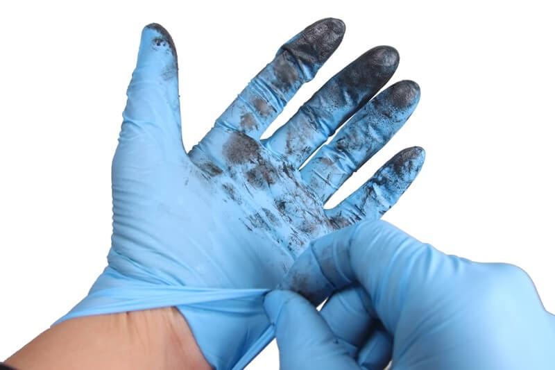 自転車の整備が終わったらニトリルゴム製 極薄手袋を使い捨てる