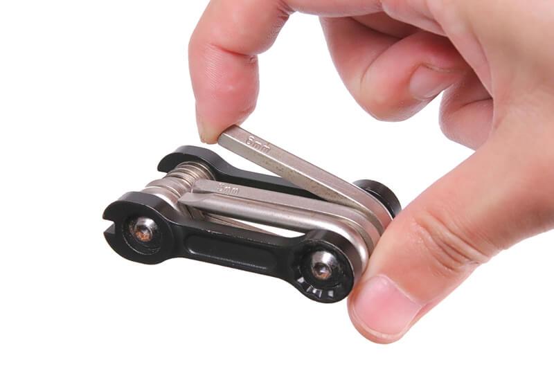 自転車の折りたたみ式 携帯マルチツール