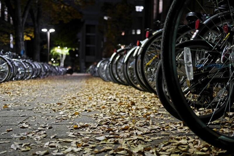夜の駐輪場