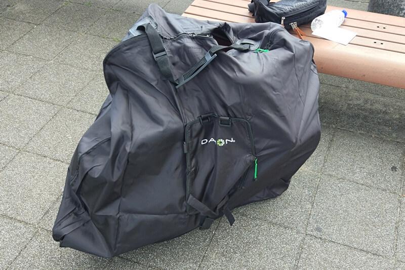 DAHON Visc EVOを輪行バッグに入れた状態