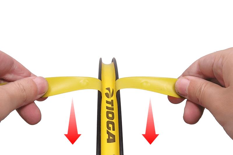 リムテープの切れ端でリムテープのズレを直す