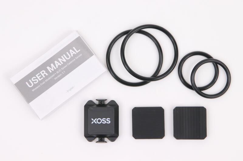 XOSS スピード&ケイデンスセンサーの付属品