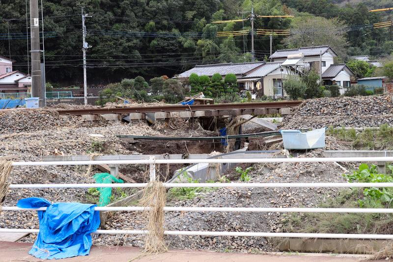 2019年10月14日 台風19号 栃木市大平町 土がえぐれた線路