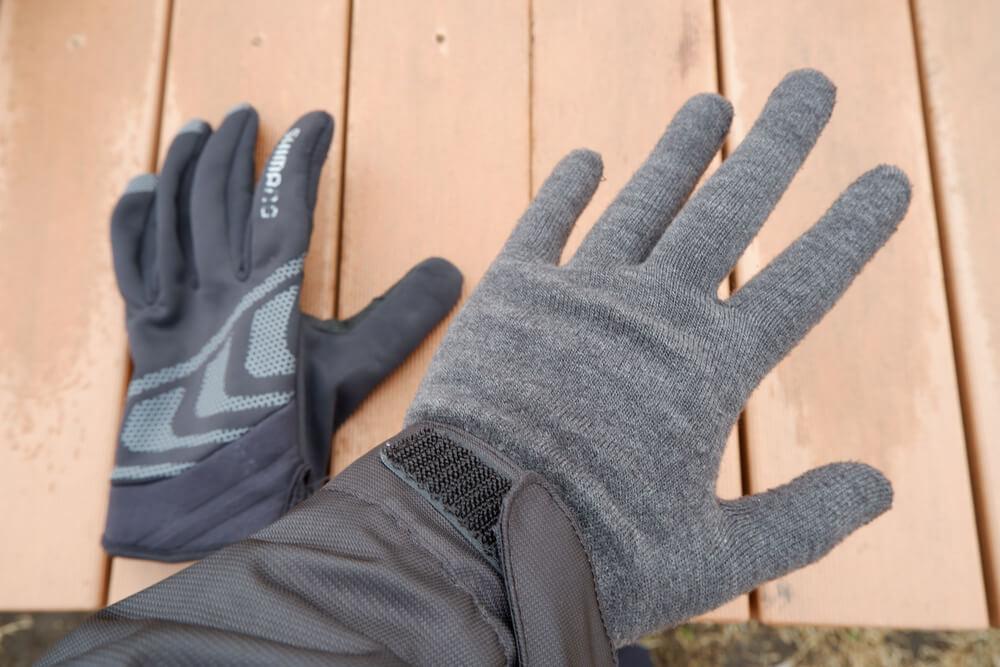 冬の自転車ウェア、手の防寒対策