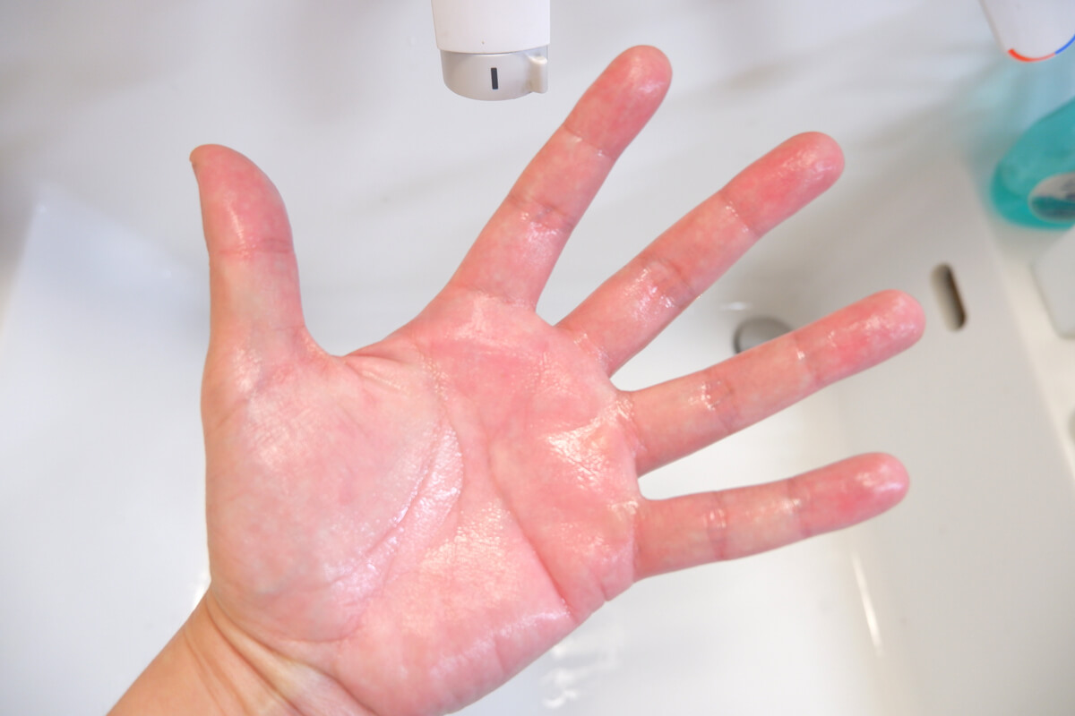 KURE ニューシトラスクリーンで洗った手