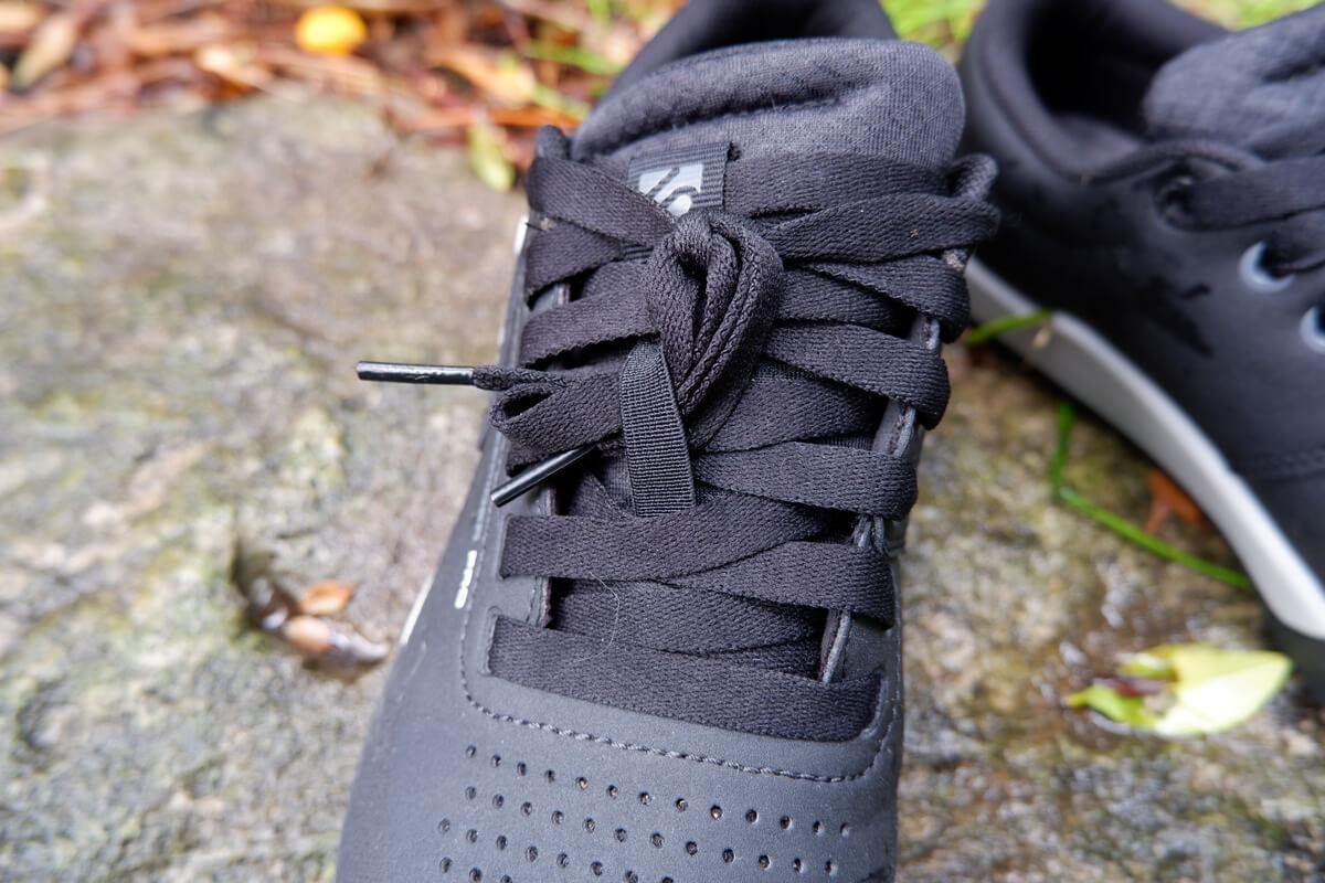 Five Ten Freerider proの靴紐