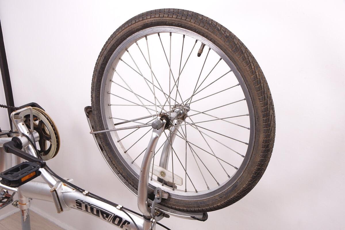 20インチ シティサイクルの前輪
