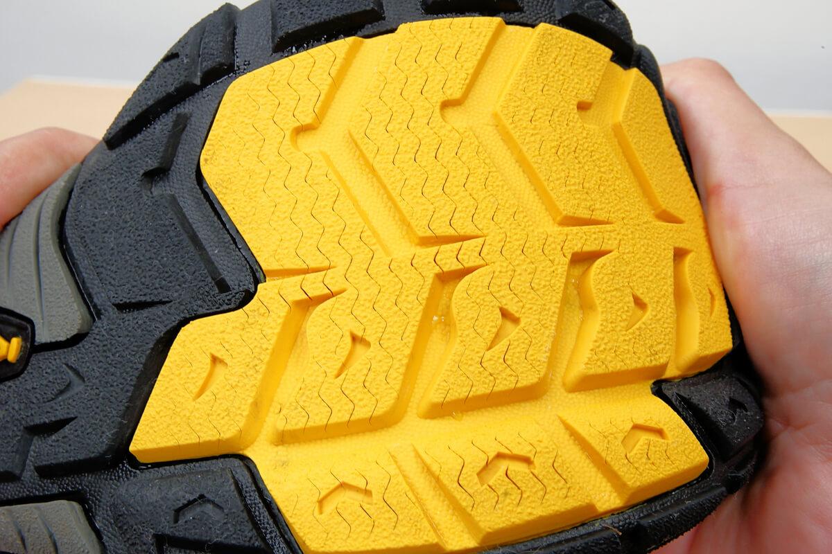 KEEN NEWPORT H2 靴底の溝