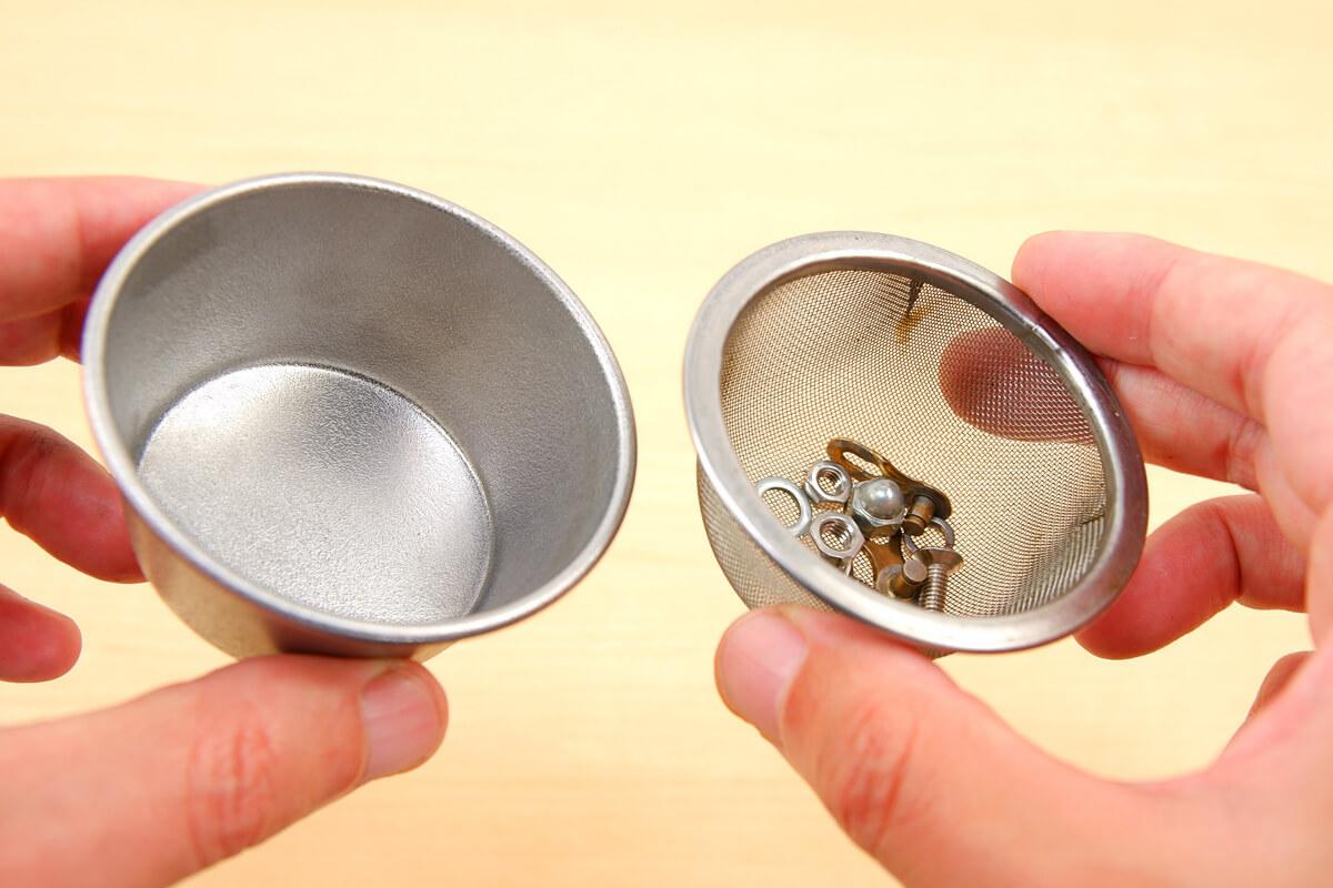 ダイソーのプリンカップと茶こし