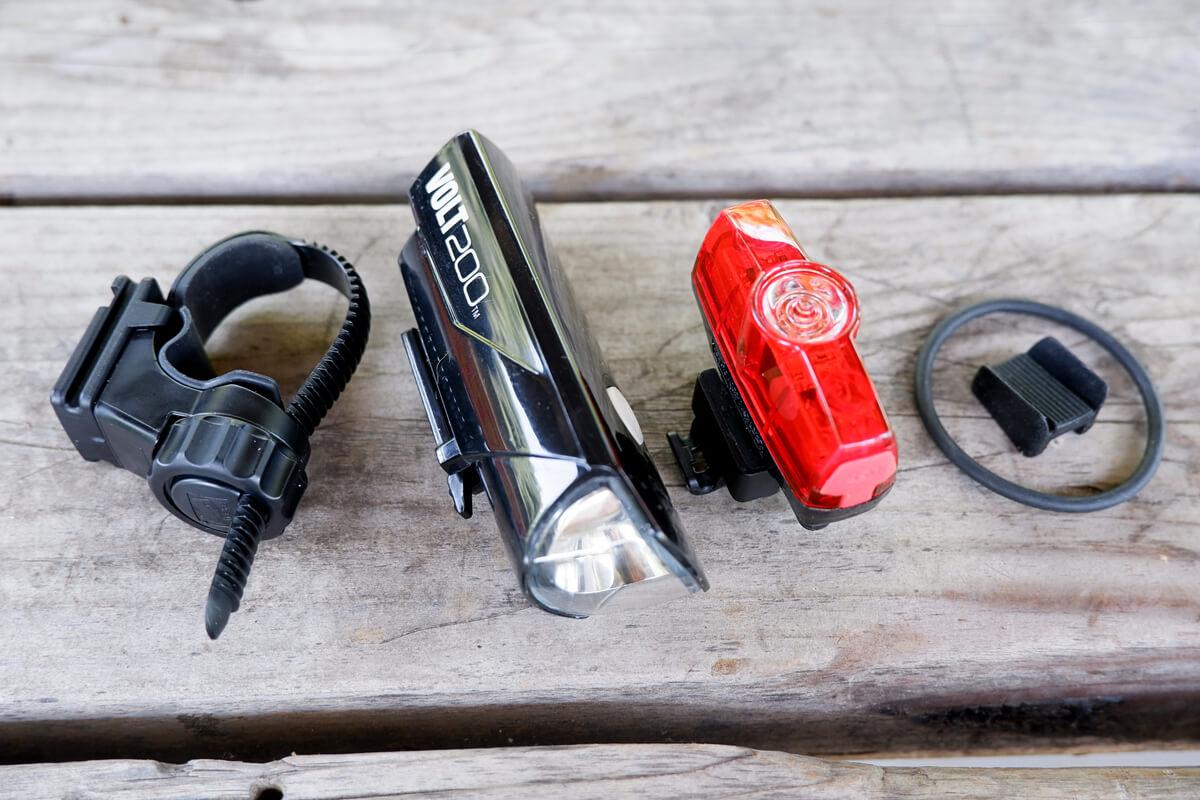 キャットアイ VOLT200とRAPID miniの付属品