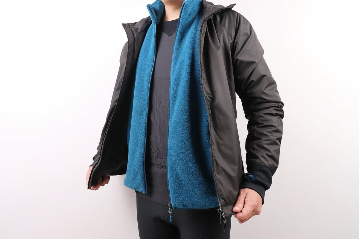 モンベル ウインドテクトサイクルアンダーシャツの着用例