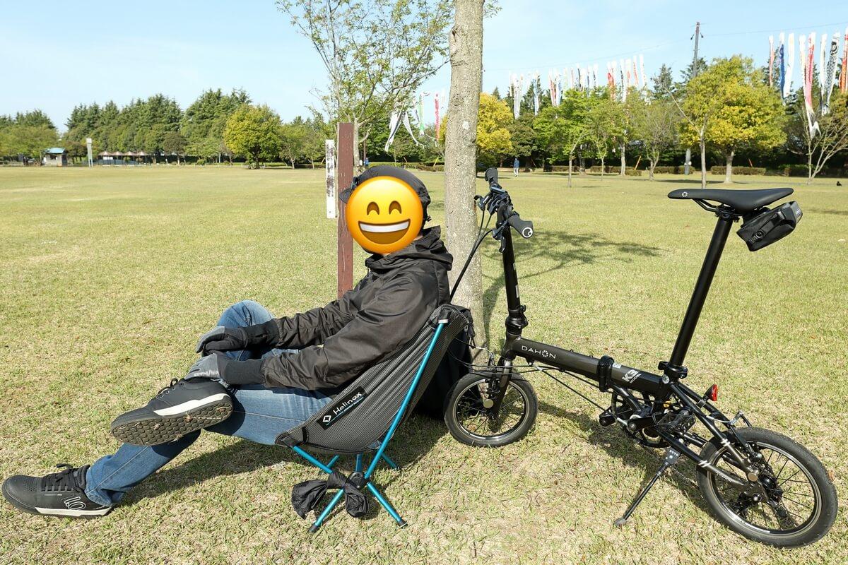 自転車に乗ってチェアリング