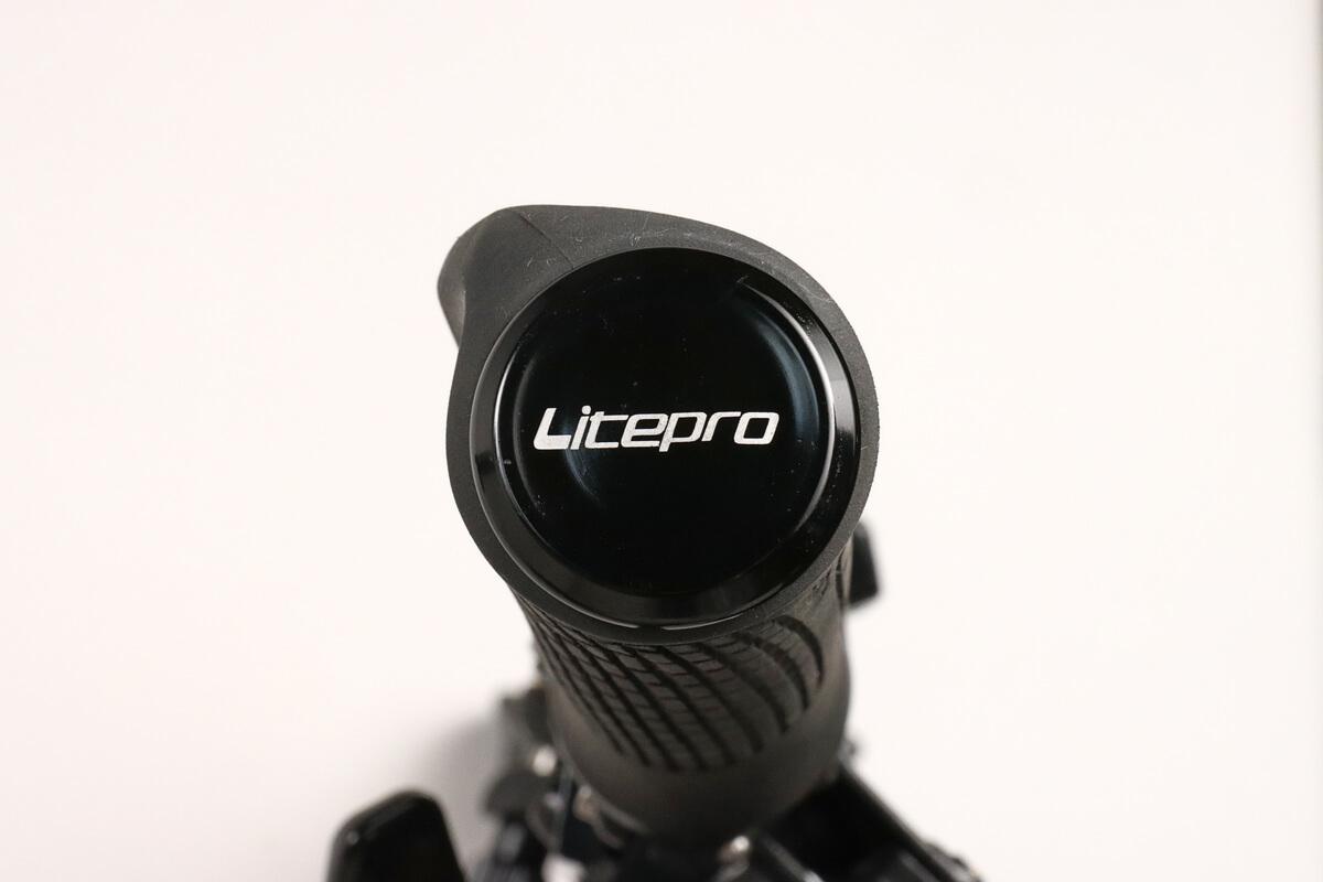 LiteProのバーエンドキャップ