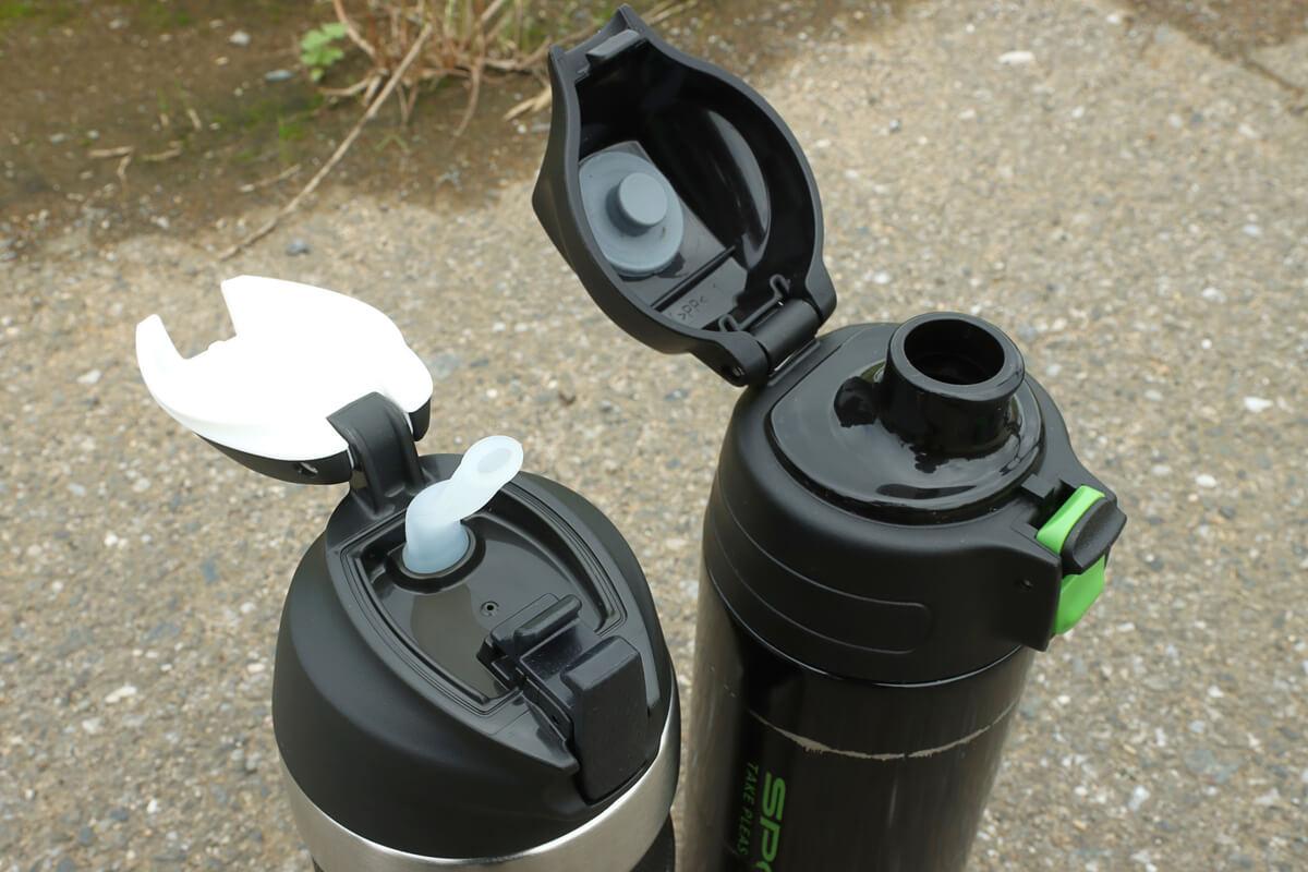ストロータイプと直飲みタイプの水筒を比較