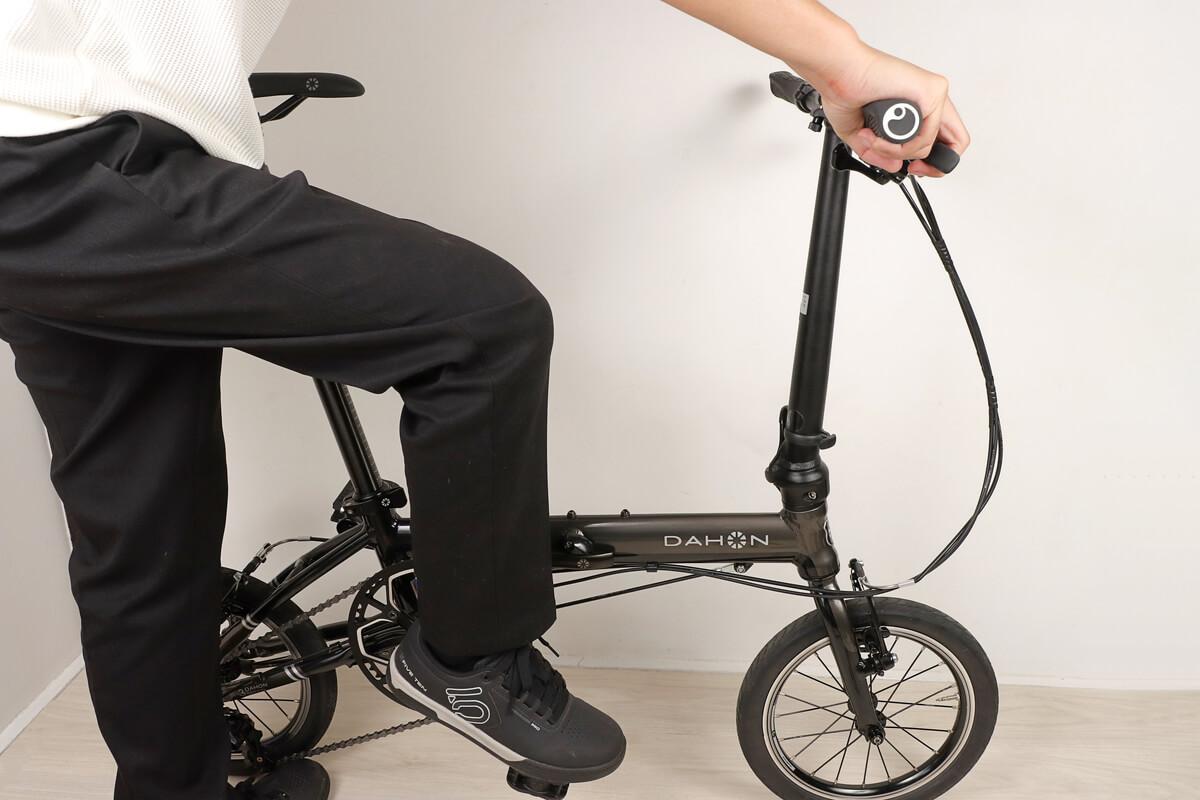 自転車の右ペダル外す方法